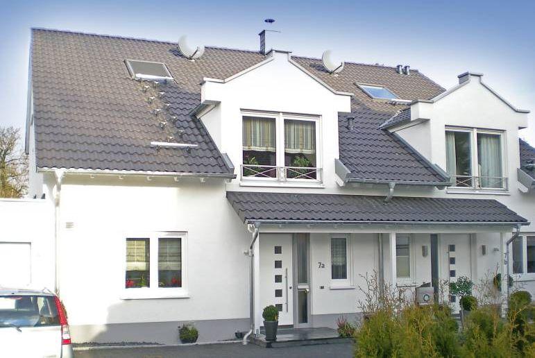 Doppelhaushälfte Alter Kirchplatz, Haan. Baujahr: 2007